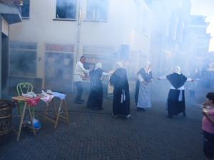 Historische Theatertour Stadshart Maassluis 11 juni 2014 054